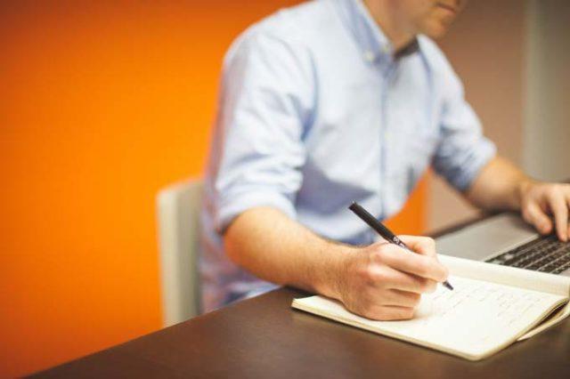 Arbeitszeugnis selbst schreiben